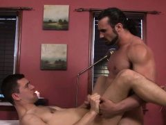 Blowjob (Gay),Gays (Gay),HD Gays (Gay),Hunks (Gay),Massage (Gay),Muscle (Gay) Josh uses his...
