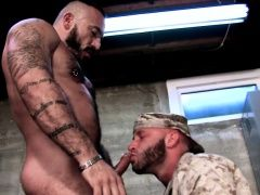 Bears (Gay),Blowjob (Gay),Gays (Gay),HD Gays (Gay),Men (Gay),Muscle (Gay),Uniform (Gay) Spunky well built...