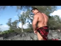 Muscle (Gay) Zeb at the beach