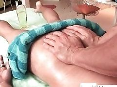 Massage,Gay,Muscle,Gay,Massage,Muscle,muscled Hansome guy gets...