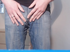 Men (Gay);Amateur (Gay);Big Cocks (Gay);Masturbation (Gay);HD Gays;Soft;Jeans Bulge in light...