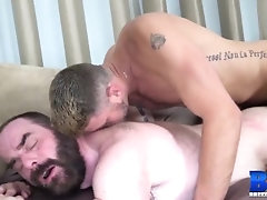 breedmeraw;bareback;hardcore;raw;raw-sex;blowjob;doggystyle;stud;big-dick;big-cock;tattoo;piercings;hairy;steve-sommers;christian-matthews,Bareback;Fetish;Blowjob;Big Dick;Pornstar;Gay;Rough Sex;Mature;Tattooed Men,Christian Matthews;Steve Sommers BREEDMERAW Steve...