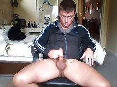 Daddies (Gay);Twinks (Gay);Catches;Bedroom;Son daddy catches not...