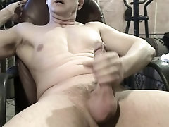 solo-masturbation;solo-male;mature;daddy;daddy-dirty-talk;masturbate;muscle;muscular;big-cock,Muscle;Solo Male;Big Dick;Gay;Reality;Amateur;Cumshot;Verified Amateurs Biggie's Cum...