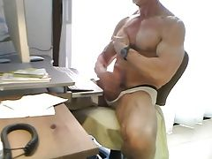 Amateur (Gay);Daddies (Gay);Muscle (Gay) Muscle Daddy