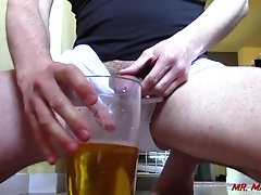 pee;piss;long-pee;long-piss;male-piss;male-pissing;male-pee;peeing;toilet;toilet-fetish;male-toilet;man-pissing;man-peeing;italian;pov-piss,Fetish;Solo Male;Big Dick;Gay;Amateur;POV 400 ML OF PISS!!!