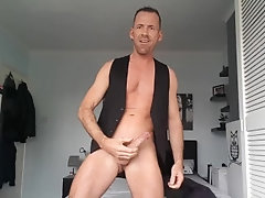suit-and-tie;office;daddy-masturbation;bottomless,Daddy;Solo Male;Big Dick;Pornstar;Gay;Hunks;Cumshot,Dave London The world's...
